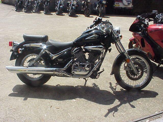 Suzuki VL250